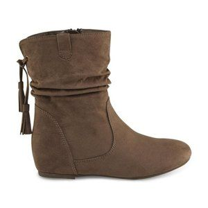 👢 Bongo Women's Taupe Slouch Boot